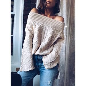 Last 1✨🆕Daisy Cream Off the Shoulder Sweater